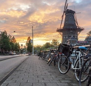 How To Visit Amsterdam On A Budget