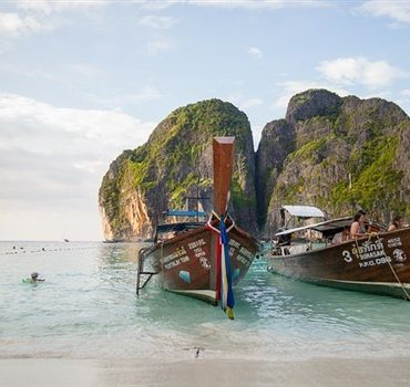 Phuket Beaches: 6 Best Beaches not to miss while in Thailand