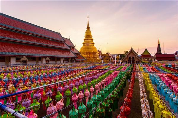 Wat Phra That Hariphunchai, Thailand