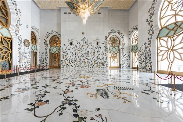 Sheikh Zayed Grand Mosque marble floors and walls